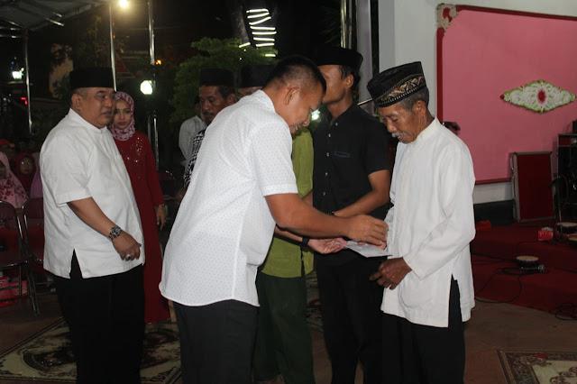 Danbrigif MR 6 Kostrad Hadiri Pemberian Santunan Korban Angin Puting Beliung Sukoharjo
