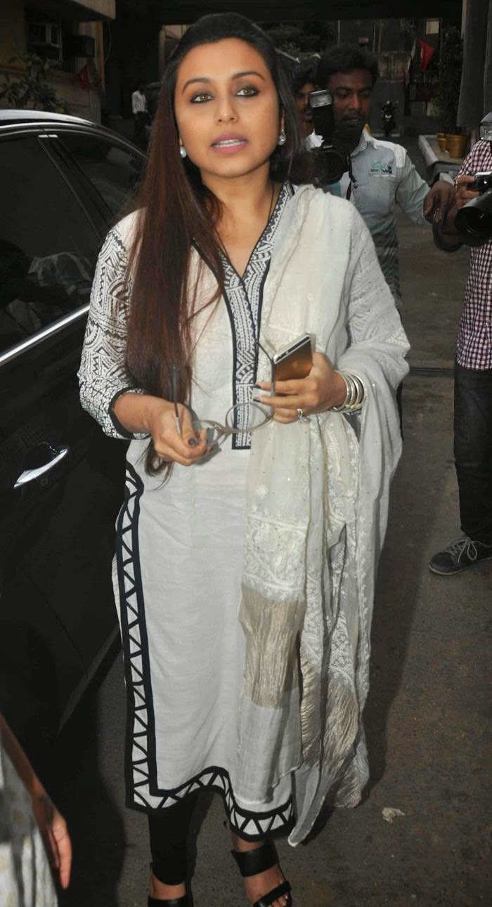 Rani Mukerji, Pics from Condolence Meeting of Late Filmmaker Ravi Chopra