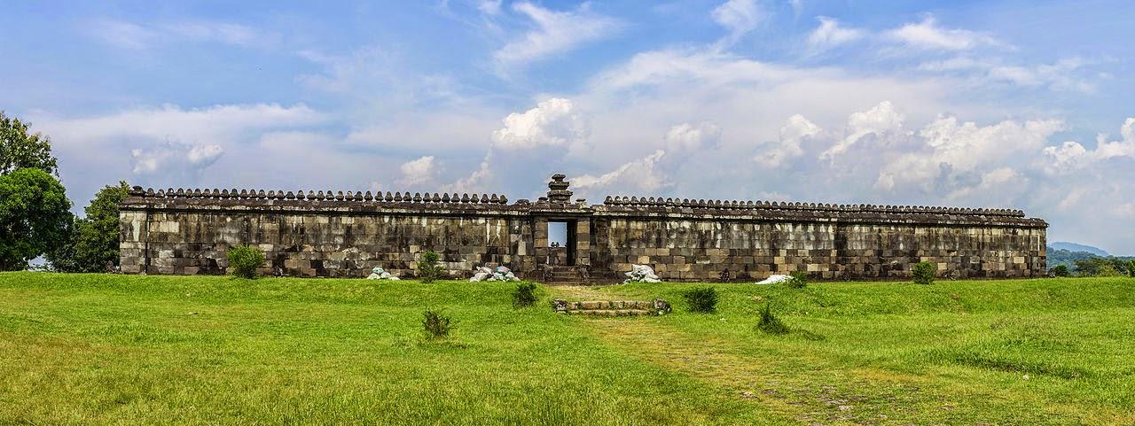 Candi Boko - Candi Ratu Boko - Istana Ratu Boko - Pendopo