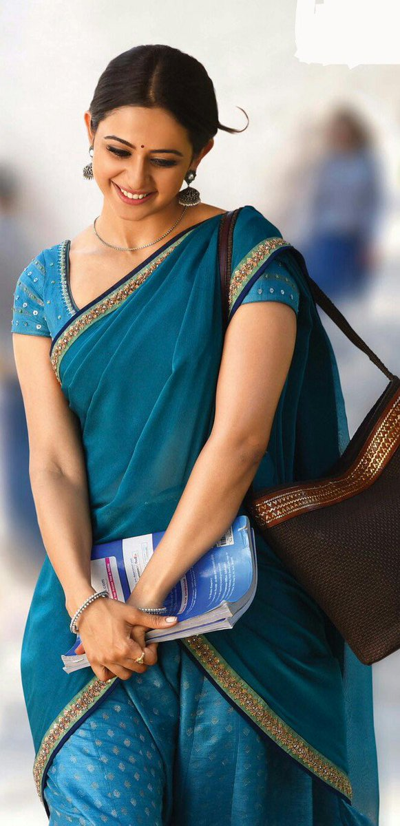 Rakul Preet Singh Saree Photo From Rarandoi Veduka Chuddam