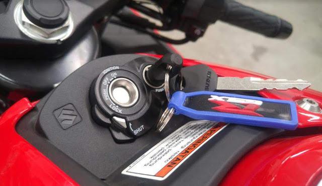 Suzuki_GSXR150_Shutter_Key_system