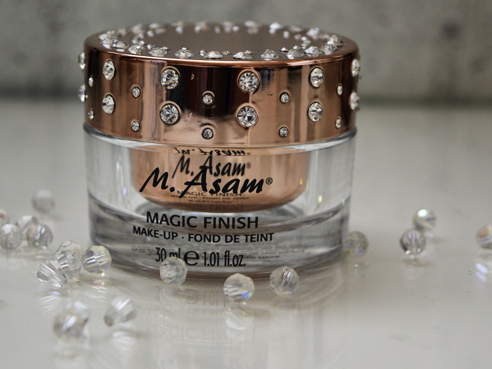 A Touch of Magie - M. Asam Magic Finish MakeUp Foundation