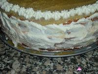 Tarta de San Marcos-montaje-cubriendo con nata