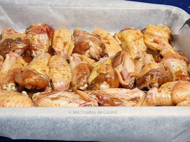 preparación alitas de pollo adobadas al horno