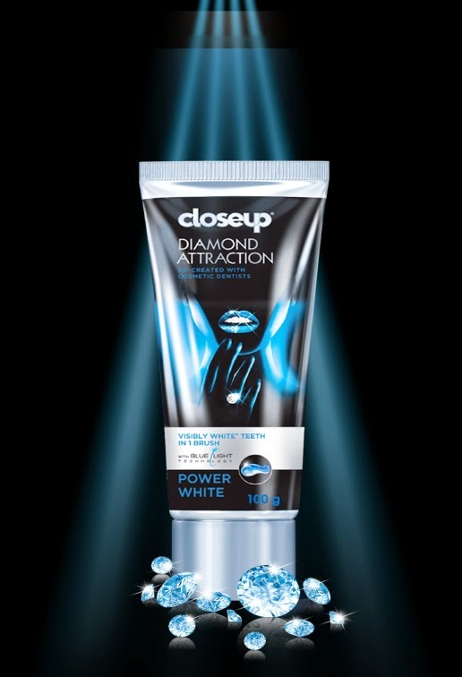 Closeup Diamond Attraction Toothpaste