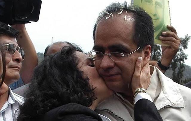 PRD: ¡Que no vuelvan!; 'El Señor de las Ligas' y Dolores Padierna, le hacen mal PRD.