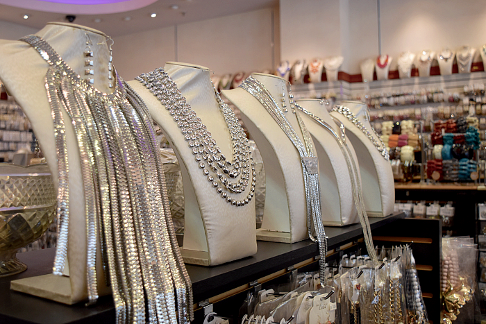 best wholesale jewelry company