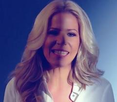 Paula Toller lança clipe de Céu Azul