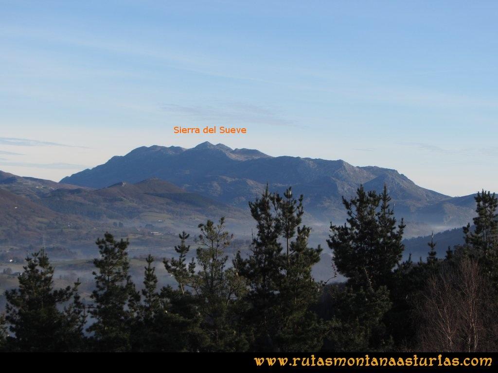 Pico Mua PR AS 46 Vista de la Sierra del Sueve