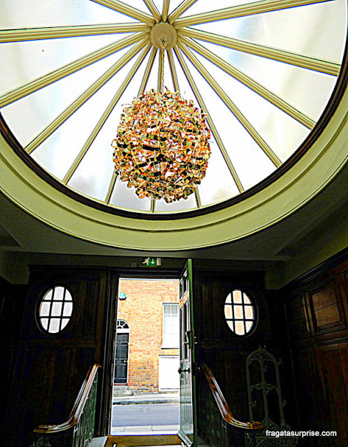 Recepção do Winchester Royal Hotel, Inglaterra