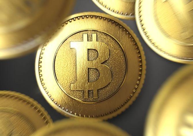 Con il Bitcoin e le criptovalute si rischia di perdere tutto, dice la CE