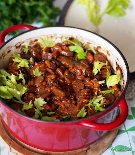 czulent na gęsinie , kuchnia żydowska , gęsina , na świętego Marcina , gęś , gąska , dania z gęsi , najsmaczniejsze dania , domowe jedzenie , mięso , drób , czas na gęsinę , coś pysznego , najlepsze przepisy na domowe jedzenie
