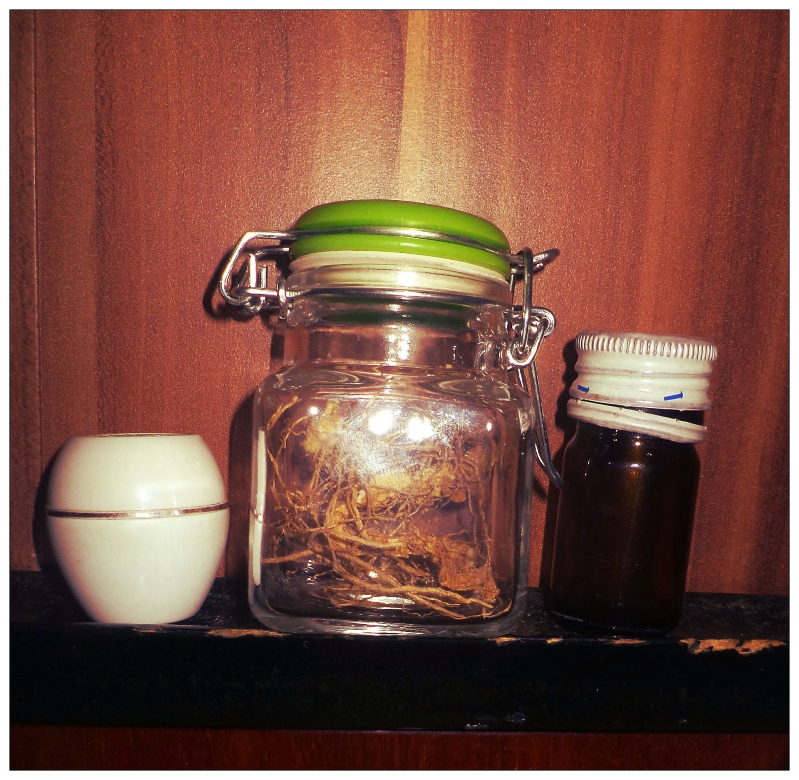 Shadows magick place: Contained jar spells, and spirit jar traps