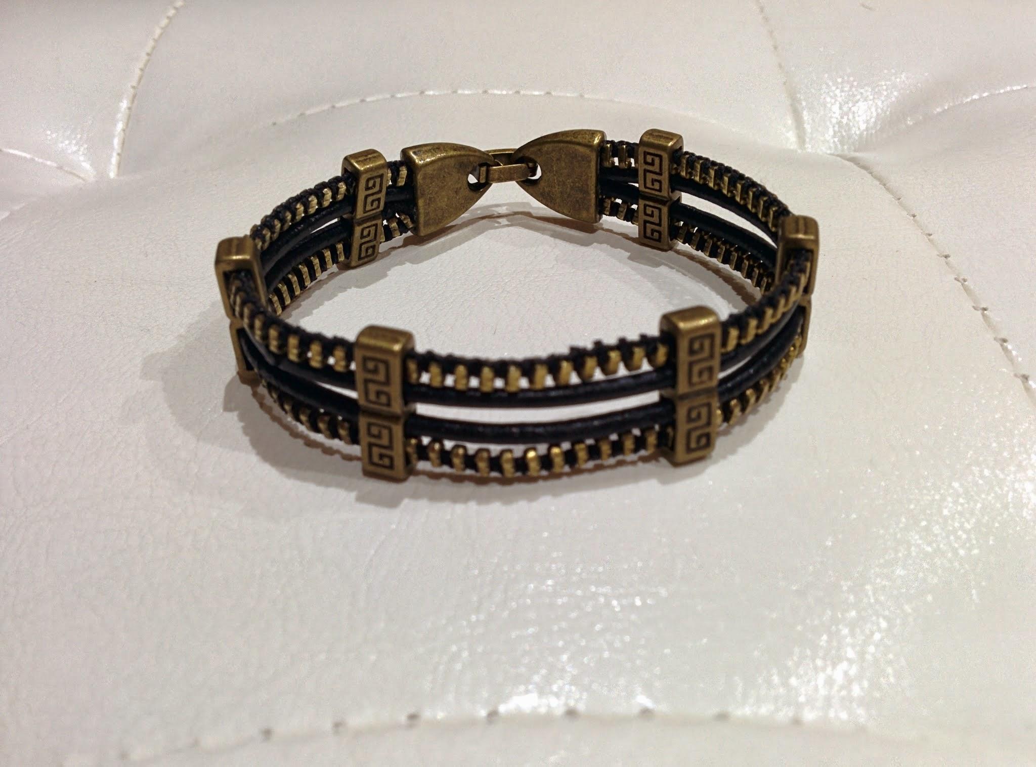 9e269589dd3f Original pulsera de cremallera y cuero. 116- 10€