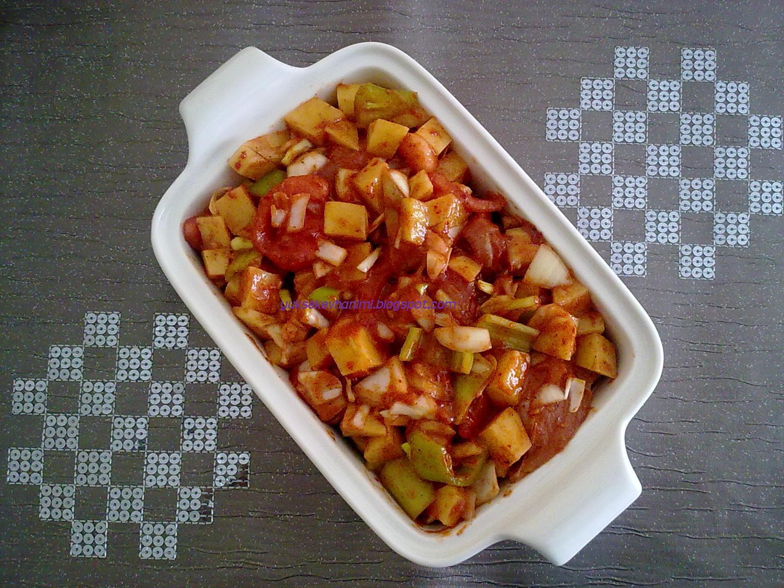 Fırında Kremalı Sebzeli Tavuk