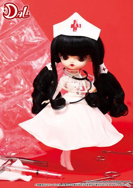 boneca enfermeira Dal Natalie (Gothic)
