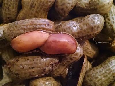 slow cooker peanuts