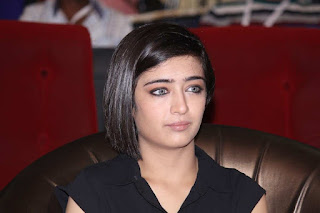 Akshara Haasan Ultra HD Gallery