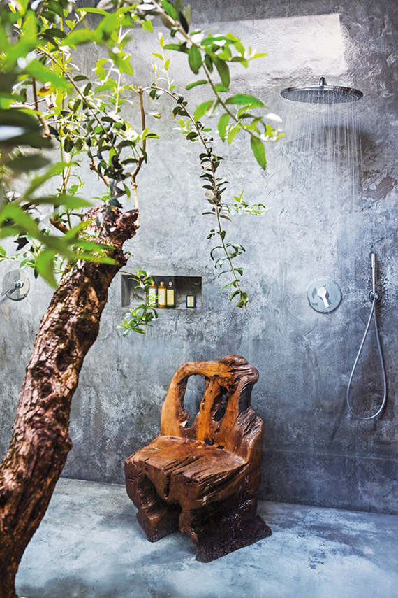 Showers with a rustic charm | Areias Do Seixo, Costa de Prata via Condé Nast Traveller