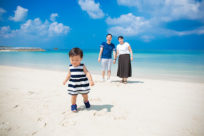 沖縄 ビーチフォト 家族