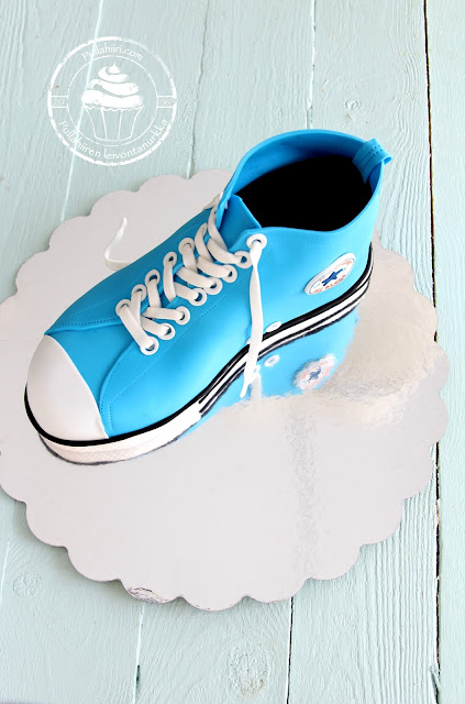 sokerimassatennari sugar paste shoe