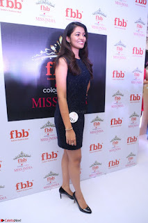 Model Shreya Kamavarapu in Short Black Dress at FBB Miss India 2017 finalists 067.JPG