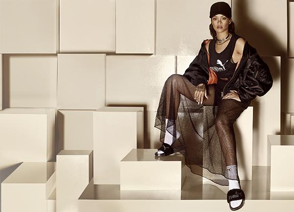 PUMA Fur Slide by Rihanna à venda na Footbox