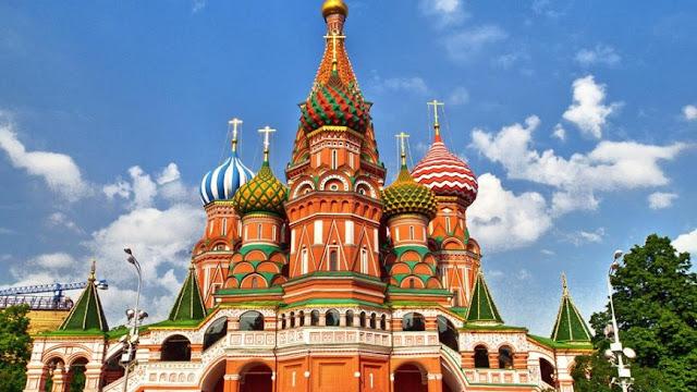 Ini 10 Tempat Liburan Di Rusia Yang Paling Menawan