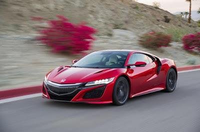 Potente e agile la nuova Honda NSX