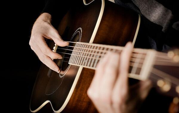 Dealova - Chord Gitar dan Lirik Lagu - chordgitar