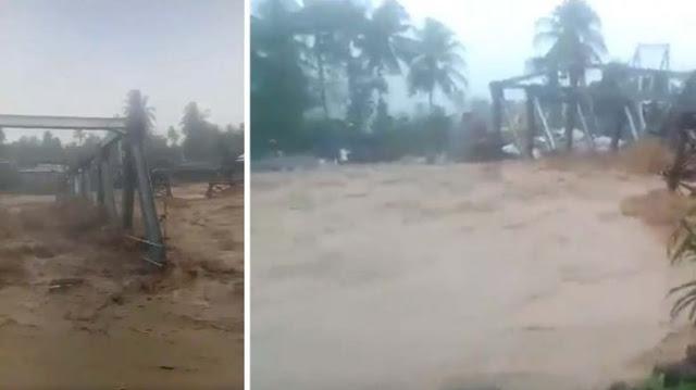 Kota Padang Banjir. Arus Deras Hantam Jembatan Beton di Kota Padang. Lihat Videonya