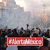 #AlertaMéxico - Granaderos Intimidan A Manifestantes Lanzando Gases Lacrimógenos.