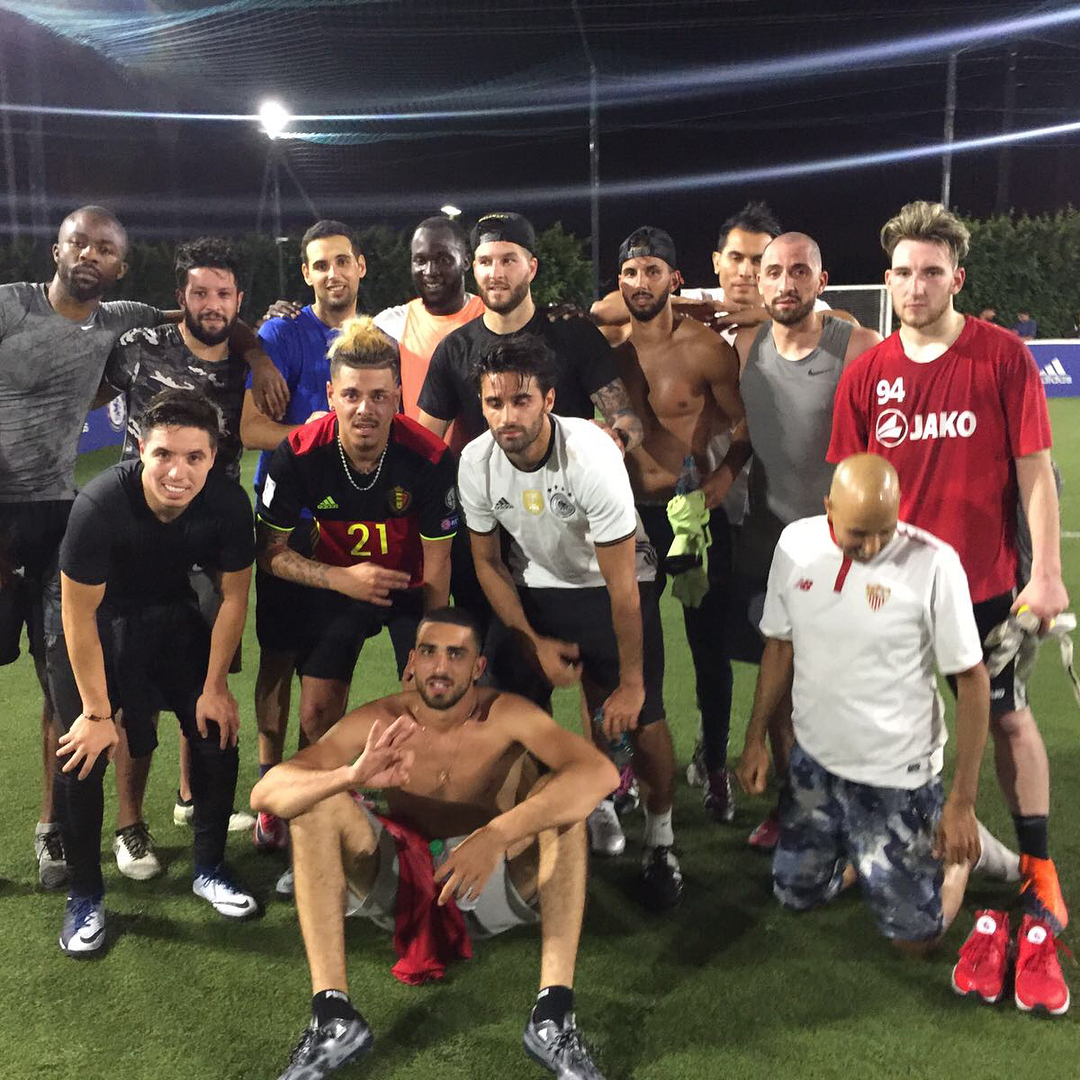 Romelu Lukaku plays five-a-side game whilst on holiday in Los Angeles