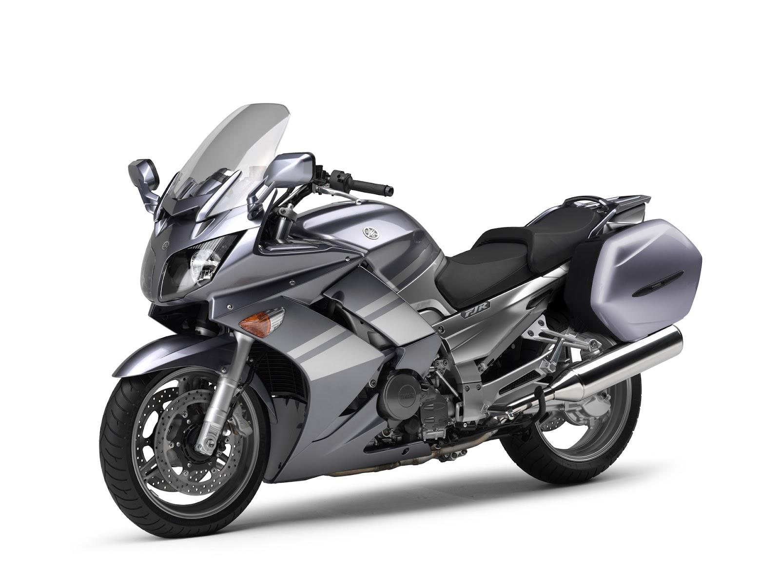 Honda Pan European And Yamaha FJR 1300 Chopper Moto Blog