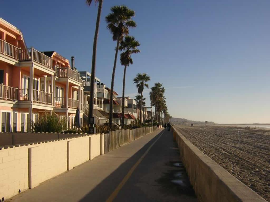 Room Rent Finder: La Jolla San Diego Boardwalk Apartment ...