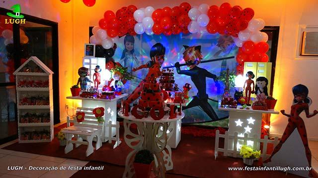 Decoração de aniversário infantil Ladybug em mesa temática provençal - Festa realizado na Barra da Tijuca - RJ