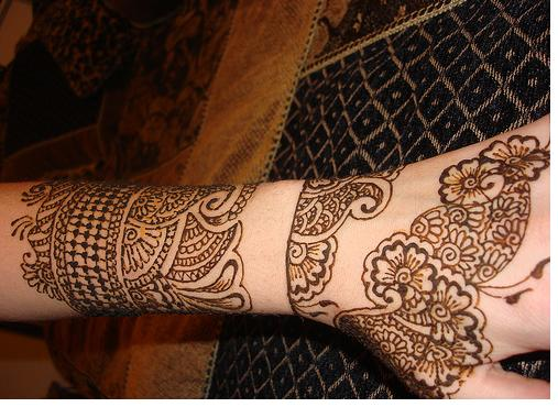 Beautiful Henna Tattoos: Frames And Colors: Beautiful Henna Tattoo Designs