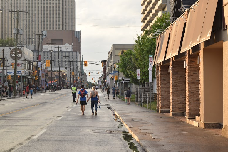 ottawa en t hello qu bec. Black Bedroom Furniture Sets. Home Design Ideas