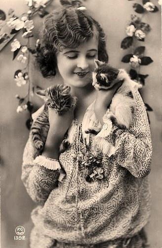 Anaïs Nin cats