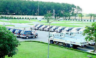 xe tập lái 7 chỗ của trường dạy lái xe tiến bộ