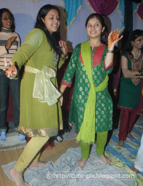 TAMASHA BLOG: Duniya Darshan {Glimpses from around the