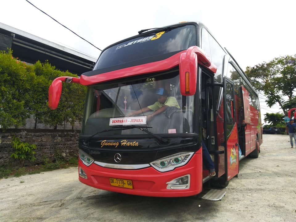 Bus Gunung Harta Jetbus HD 3