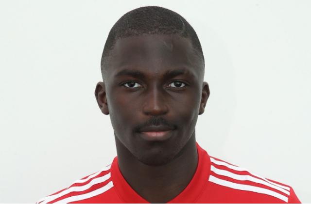 Aliou Traore Teken Kontrak profesional di Manchester United