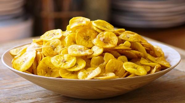 कैसे बनाएं केले के चिप्स बनाने की विधि | how to make Banana Chips Recipe in Hindi