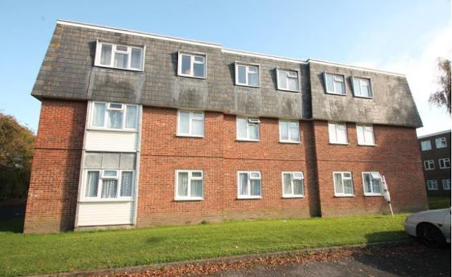 2 bed flat, Charles Ave, Chichester