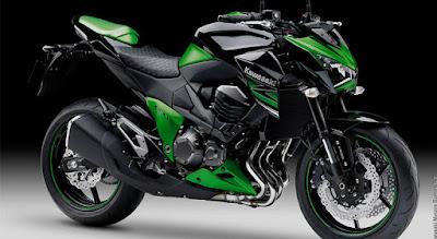 Kawasaki Z800 ABS -side-view-HD-image //
