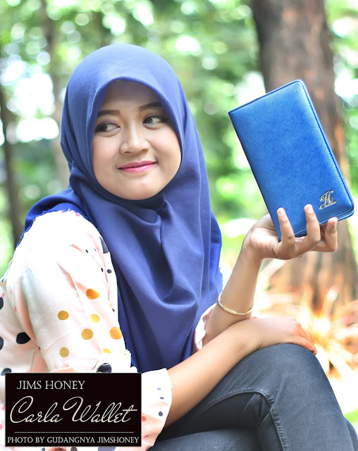 Sesi Foto Jims Honey Carla Wallet