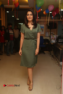 Actress Raashi Khanna Stills in Green Short Dress at Mirchi 95 Suno Aur Mercedes Jeeto Contest  0169.JPG