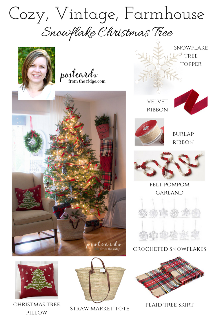 Cozy farmhouse style Christmas tree
