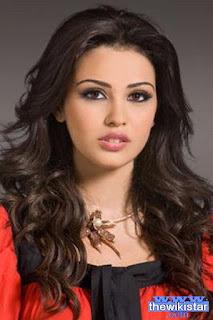 روزاريتا طويل (Rosarita Tawil)، عارضة أزياء أمريكية